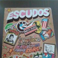 Coleccionismo Álbumes: ESCUDOS ALBUM COMPLETO FALTA 1 CROMOS . Lote 30412867