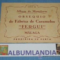 Coleccionismo Álbumes: ALBUM INCOMPLETO DE MAMIFEROS MUY ANTIGUO DE CARAMELOS FERGUI. Lote 37474041