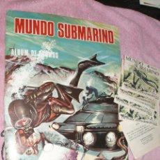 Coleccionismo Álbumes: ALBUM MUNDO SUBMARINO Y 5 SOBRES NUEVOS SIN ABRIR PRODUCCIONES EDITORIALES. Lote 44294748