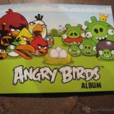 Coleccionismo Álbumes: ANGRY BIRDS ALBUM - INCOMPLETO - 69/162 CROMOS . Lote 53072642