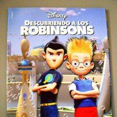 Coleccionismo Álbumes: ALBUM INCOMPLETO DESCUBRIENDO A LOS ROBINSONS PANINI 2008 ROBINSON. Lote 140944850