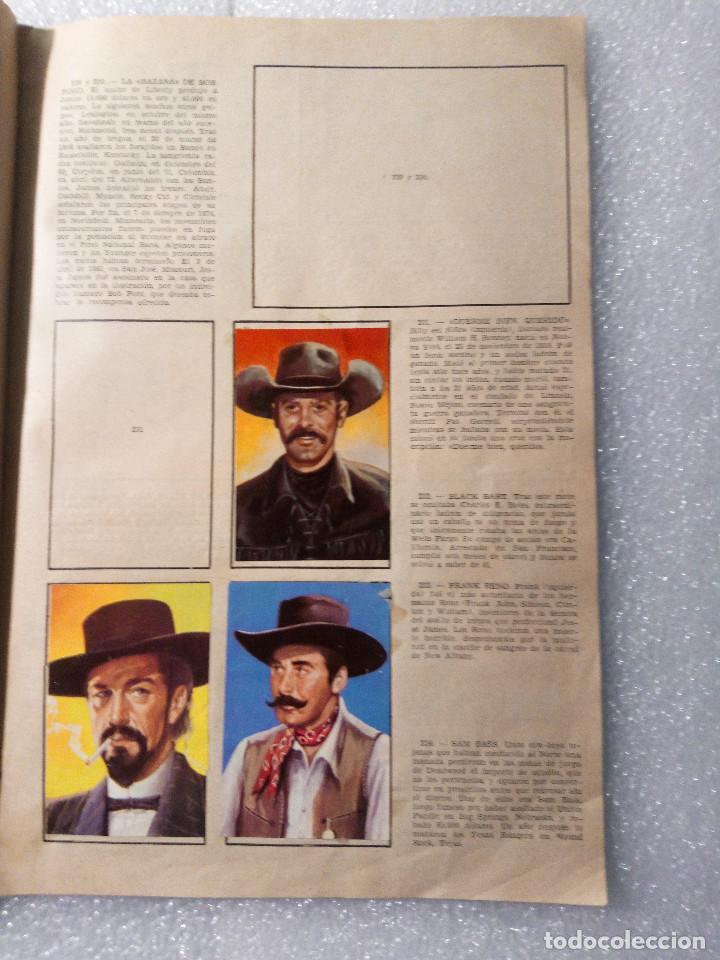 Coleccionismo Álbumes: ALBUM LEJANO OESTE. NUMERO 2. EDITORIAL RUIZ ROMERO con mas o menos la mitad de los cromos - Foto 44 - 144149550
