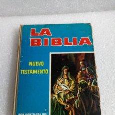 Coleccionismo Álbumes: ALBUM LA BIBLIA NUEVO TESTAMENTO RODRIGUEZ HNOS. 1965 REUS FOTOS DE TODO EL ALBUM. Lote 145620822