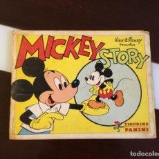 Coleccionismo Álbumes: ANTIGUO ÁLBUM MICKEY MOUSE FALTAN ALGUNOS CROMOS. Lote 156683610