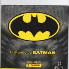 Coleccionismo Álbumes: EL MUNDO DE BATMAN. STICKER ALBUM PANINI. ALBUM INCOMPLETO CON MÁS DE 200 CROMOS SIN PEGAR,. Lote 166022318