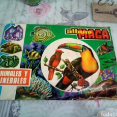 Coleccionismo Álbumes: ÁLBUM MAGA ANIMALES Y MINERALES IMCONPLETO. Lote 168104074
