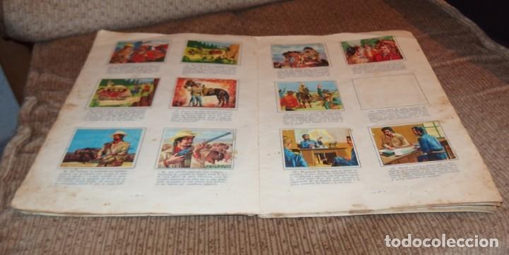 Coleccionismo Álbumes: ALBUM VIDA Y AVENTURAS DE BUFFALO BILL,EDICIONES FERCA,FALTAN 24 CROMOS - Foto 3 - 218802158