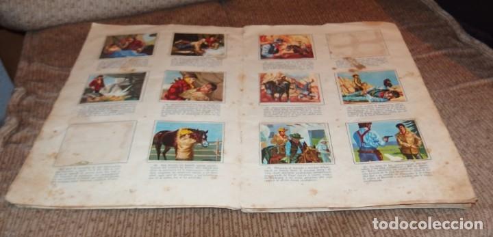 Coleccionismo Álbumes: ALBUM VIDA Y AVENTURAS DE BUFFALO BILL,EDICIONES FERCA,FALTAN 24 CROMOS - Foto 4 - 218802158