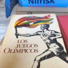 Coleccionismo Álbumes: ÁLBUM DE CROMOS LOS JUEGOS OLÍMPICOS, INCOMPLETO. Lote 176252912