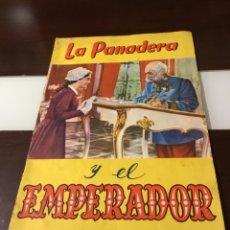 Coleccionismo Álbumes: ANTIGUO ÁLBUM DE CROMOS LA PANADERA Y EL EMPERADOR VACÍO. Lote 178163860