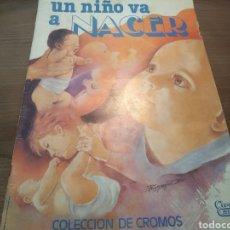 Coleccionismo Álbumes: UN NIÑO VA A NACER. Lote 180156340