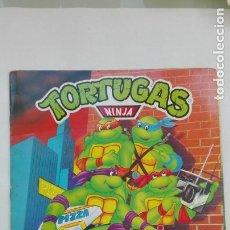 Coleccionismo Álbumes: ALBUM DE PEGATINAS DE LAS TORTUGAS NINJA, DE PANINI 1990. CASI COMPLETO. Lote 180239813
