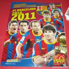 Coleccionismo Álbumes: FC BARCELONA 2010 2011 COLECCIÓN OFICIL PANINI , ALBÚM CON SÓLO 10 CROMOS PEGADOS. Lote 183626651