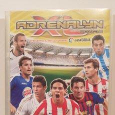Coleccionismo Álbumes: ÁLBUM ADRENALINA/ LIGA 2011-12/ PANINI/ INCOMPLETO/ CONTIENE 113 CROMOS.. Lote 186017498