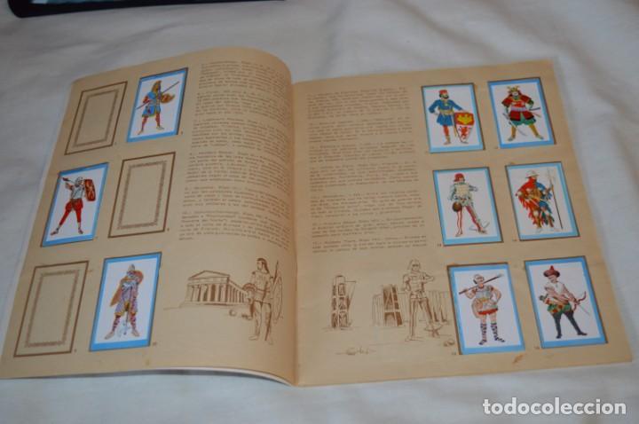 Coleccionismo Álbumes: ANTIGUO / VINTAGE - Álbum INFANTERÍA - Editorial RUIZ ROMERO - Años 60 - Buen estado - ¡Mira! - Foto 4 - 189253240
