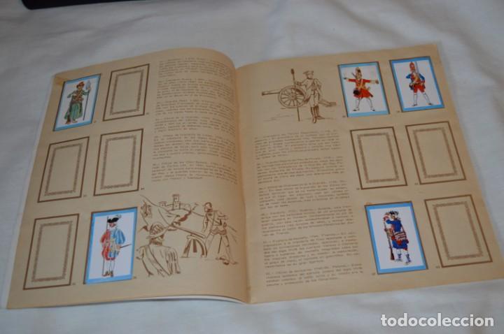 Coleccionismo Álbumes: ANTIGUO / VINTAGE - Álbum INFANTERÍA - Editorial RUIZ ROMERO - Años 60 - Buen estado - ¡Mira! - Foto 6 - 189253240