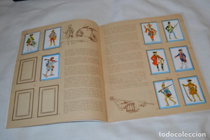 Coleccionismo Álbumes: ANTIGUO / VINTAGE - Álbum INFANTERÍA - Editorial RUIZ ROMERO - Años 60 - Buen estado - ¡Mira! - Foto 7 - 189253240