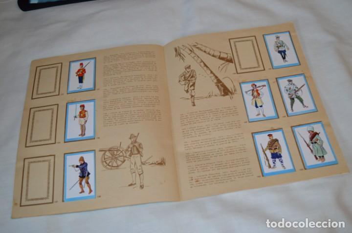 Coleccionismo Álbumes: ANTIGUO / VINTAGE - Álbum INFANTERÍA - Editorial RUIZ ROMERO - Años 60 - Buen estado - ¡Mira! - Foto 14 - 189253240