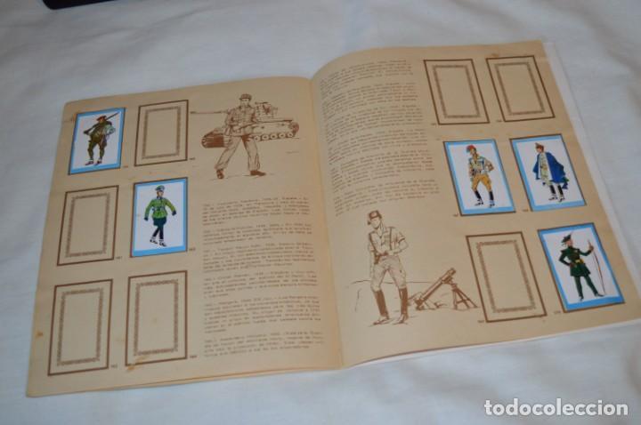 Coleccionismo Álbumes: ANTIGUO / VINTAGE - Álbum INFANTERÍA - Editorial RUIZ ROMERO - Años 60 - Buen estado - ¡Mira! - Foto 16 - 189253240