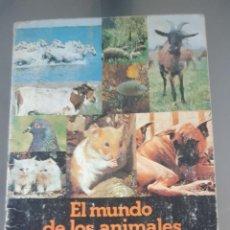 Coleccionismo Álbumes: ALBUM EL MUNDO DE LOS ANIMALES EN 3 DIMENSIONES DE PANRICO LE FALTAN 10 CROMOS . Lote 193626833