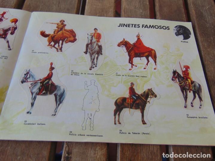Coleccionismo Álbumes: ÁLBUM DE PANRICO EL MUNDO DE FURIA CABALLOS EN ACCION INCOMPLETO FALTAN 7 CROMOS - Foto 9 - 194341920