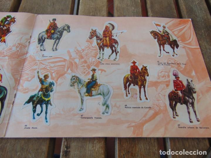 Coleccionismo Álbumes: ÁLBUM DE PANRICO EL MUNDO DE FURIA CABALLOS EN ACCION INCOMPLETO FALTAN 7 CROMOS - Foto 11 - 194341920