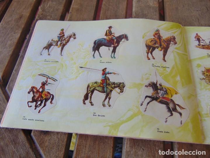 Coleccionismo Álbumes: ÁLBUM DE PANRICO EL MUNDO DE FURIA CABALLOS EN ACCION INCOMPLETO FALTAN 7 CROMOS - Foto 12 - 194341920