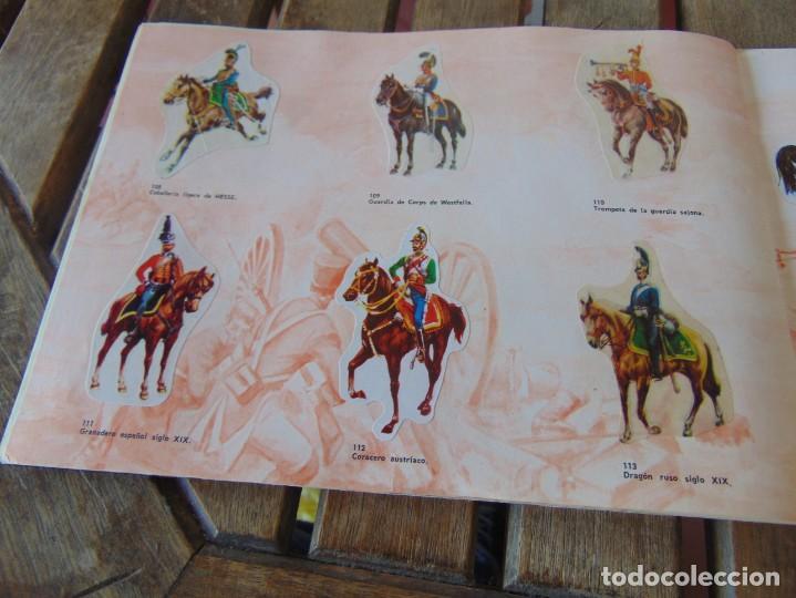 Coleccionismo Álbumes: ÁLBUM DE PANRICO EL MUNDO DE FURIA CABALLOS EN ACCION INCOMPLETO FALTAN 7 CROMOS - Foto 18 - 194341920