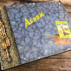 Coleccionismo Álbumes: ALBUM CLÁSICOS DE LUJO, LA CENTRAL.. Lote 195147210