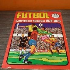 Coleccionismo Álbumes: ANTIGUO ALBUM DE FÚTBOL CAMPEONATO NACIONAL 74/75 RUIZ ROMERO . Lote 195266803