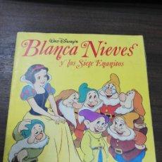 Coleccionismo Álbumes: ALBUM INCOMPLETO. BLANCANIEVES. DISNEY´S. FALTAN 17 CROMOS. PANINI. VER FOTOS.. Lote 195281080