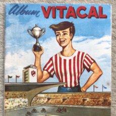 Coleccionismo Álbumes: ÁLBUM VITACAL FUTBOLISTAS - CICLISTAS (1960 - 1961) CHOCOLATES VITA CAL. Lote 199865523