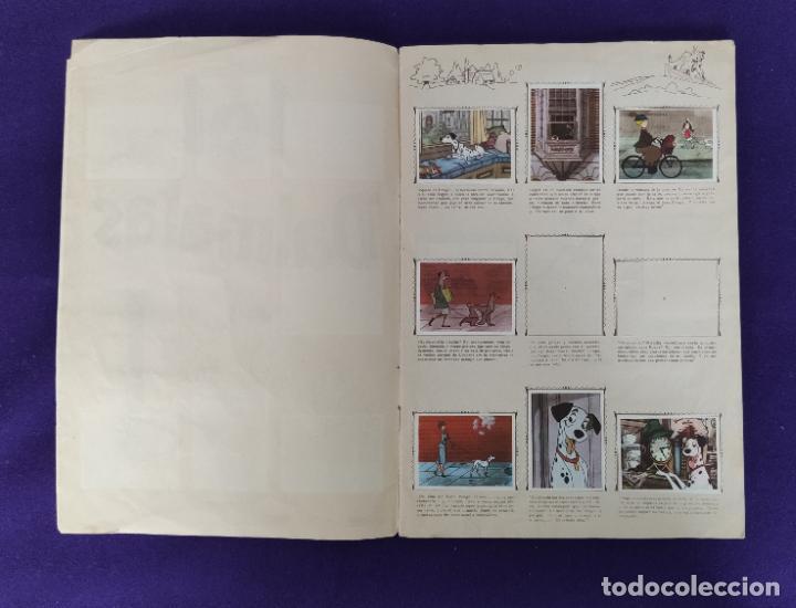 Coleccionismo Álbumes: ALBUM INCOMPLETO. 101 DALMATAS. WALT DISNEY. FHER. 1962. FALTAN 49 CROMOS DE 203. - Foto 2 - 203258562