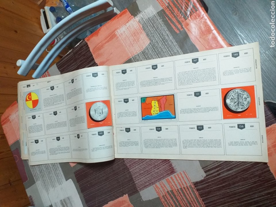 Coleccionismo Álbumes: ALBUM LIBRO DE BANDERAS ESCUDOS MONEDAS MAPAS,COLECCION UNIVERSALQ - Foto 8 - 204839766