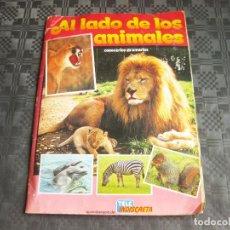 Coleccionismo Álbumes: ALBUM DE CROMOS AL LADO DELOS ANIMALES - TELEINDISCRETA. Lote 210076036