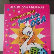 Coleccionismo Álbumes: ALBUM CROMOS SUPER CHICLE JUEGO DE LA OCA GOOSE GAME CHEWING GUM STICKER ALBUM 1994. Lote 212015921