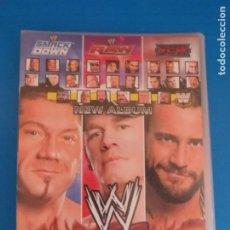 Coleccionismo Álbumes: ARCHIVADOR VACIO DE WWE SMACK DOWN RAW ECW DE MUNDICROMO. Lote 215505618