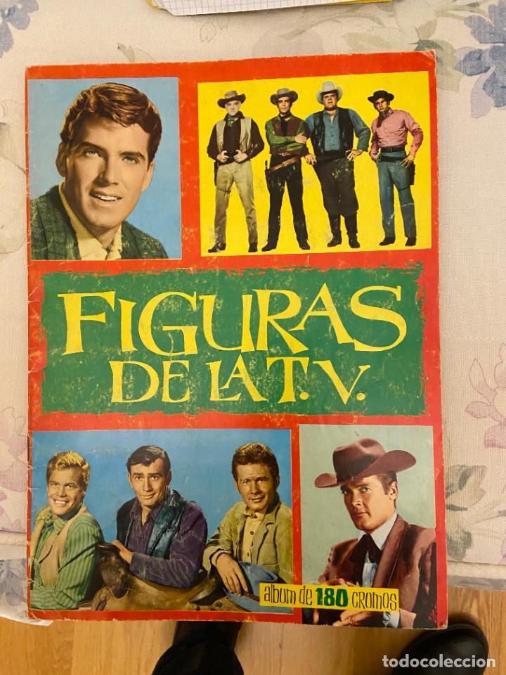 FIGURAS DE LA T.V. ALBUM CON 05 CROMOS SE PUEDE LLEGAR A VENDER SUELTOS (Coleccionismo - Cromos y Álbumes - Álbumes Incompletos)