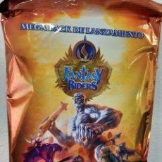 Collezionismo Album: ALBUM FANTASY RIDERS: LA INVASION DE LOS GIGANTES TRADING CARDS - PANINI (PRECINTADO). Lote 260681075