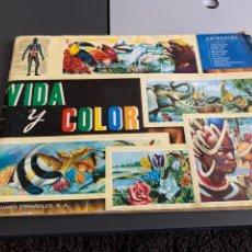Coleccionismo Álbumes: ÁLBUM VIDA Y COLOR. FALTAN 17 DE 380 CROMOS. Lote 233821890