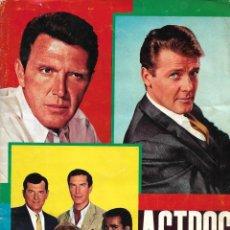 Coleccionismo Álbumes: ASTROS DE TV - FALTA UN CROMO. Lote 235324500