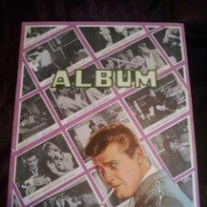 """Coleccionismo Álbumes: EL SANTO ALBUM DE CROMOS EDITADO POR """"ROBERT JUBAL"""". Lote 236166060"""