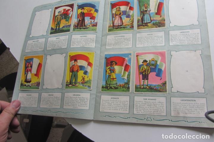 Coleccionismo Álbumes: ÁLBUM DE CROMOS - BANDERAS DEL UNIVERSO - EDITORIAL BRUGUERA FALTAN 41 DE 128 AÑO 1956. arx99 - Foto 3 - 263189430