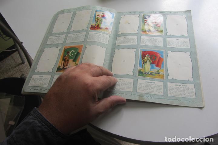 Coleccionismo Álbumes: ÁLBUM DE CROMOS - BANDERAS DEL UNIVERSO - EDITORIAL BRUGUERA FALTAN 41 DE 128 AÑO 1956. arx99 - Foto 7 - 263189430
