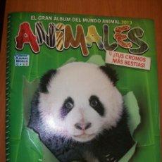 Coleccionismo Álbumes: EL GRAN ALBUM DEL MUNDO ANIMAL 2013. NUEVO.. Lote 263226765