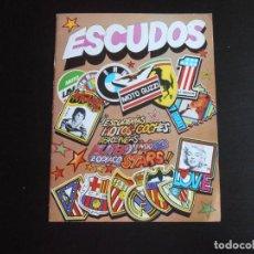 Coleccionismo Álbumes: ALBUM DE CROMOS, ESCUDOS, CONTIENE 17 CROMOS PEGADOS. Lote 265734219