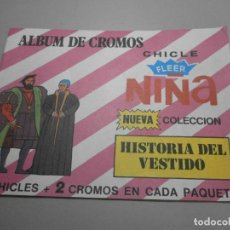 Coleccionismo Álbumes: ALBUM CHICLE FLEER NIÑA HISTORIA DEL VESTIDO. Lote 269255328