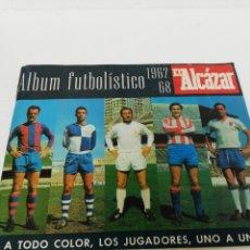 Coleccionismo Álbumes: ALBUM FUTBOLÍSTICO EL ALCÁZAR. A TODO COLOR, LOS JUGADORES UNO A UNO. INCOMPLETO. 67.68.. Lote 269828858