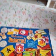 Coleccionismo Álbumes: M-45 ALBUM COLECCION UNIVERSAL LIBRO DE BANDERAS ESCUDOS MONEDAS MAPAS VER FOTOS PARA CROMOS ESTAD0. Lote 284169368