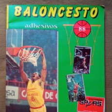Coleccionismo Álbumes: ÁLBUM DE CROMOS BALONCESTO LIGA 88 J. MERCHANTE. Lote 287847028